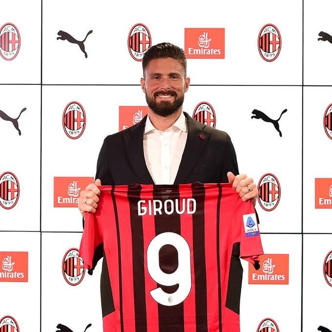 Olivier Giroud Bangga Gabung AC Milan